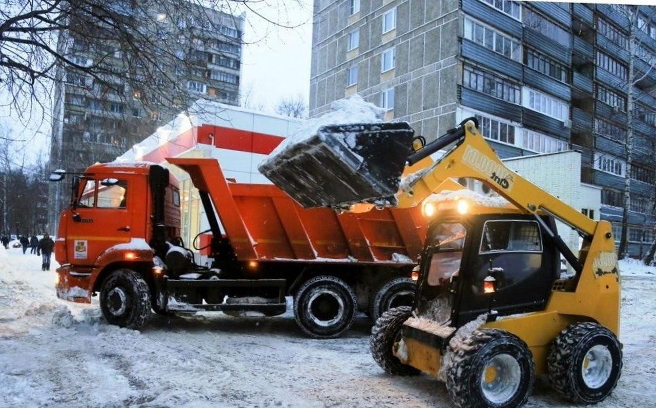 Уборка (чистка) и вывоз снега - Екатеринбург, цены, предложения специалистов